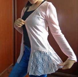Suéter de mujer delgado rosado