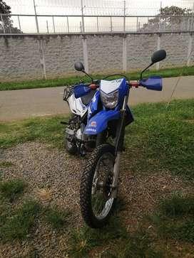 Vendo moto XTZ 250 en perfecto estado