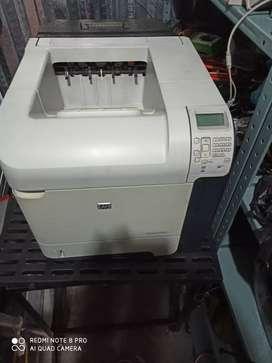 Impresora HP 4015n