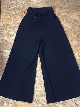 Vendo pantalon mujer marca BERSHKA