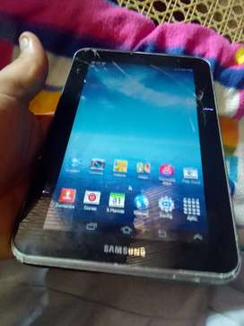 Vendo tablet Samsung 8gb interna detalle de cristal no afecta