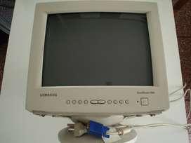 Monitor Samsung usado