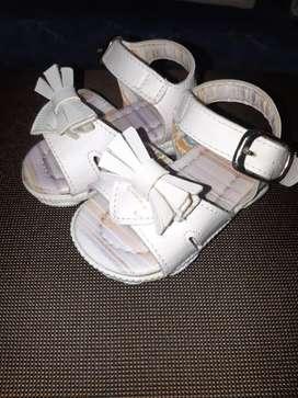 Sandalias para Beba Talle 17