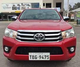Camioneta Toyota Hilux 2.7 CD 4X2 TM Doble cabina, aire acondicionado y vidrios eléctricos las 4 puertas