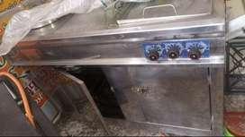 Broastera y cocina industrial