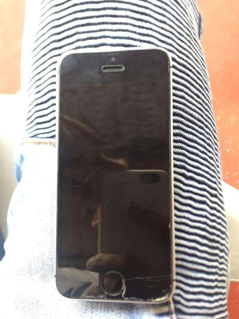 iPhone Se 32 Gb 0