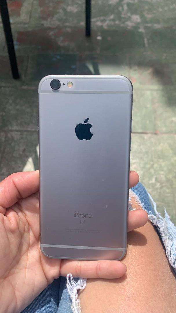 Iphone 6s exelente 0