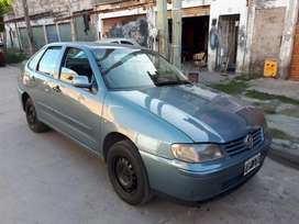 Excelente Volkswagen polo