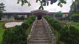 Se Vende Hermosa Casa Vacacional 1200m2 Totales en Conjunto residencial privado - Pedro Vicente Maldonado