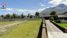 Terreno de venta en Atuntaqui en Av. Luis Leoro Franco