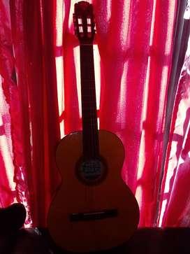 Vendo guitarra criolla. Acustica!! Nueva!! De 6 cuerdas!