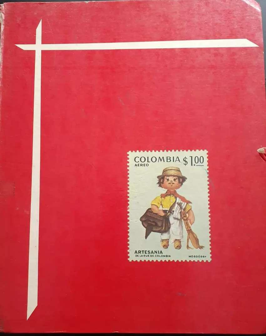 Vendo coleccion de estampillas antiguas de Colombia 0