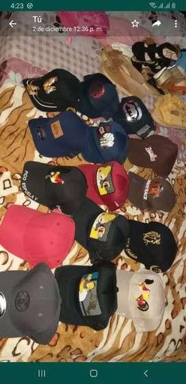Se venden gorras por mayor