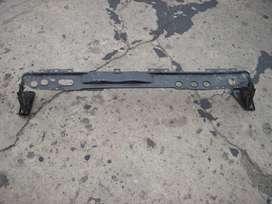 repuesto renault, soporte de radiadores original renault clio usado