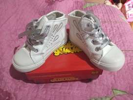 Zapatos blancos Bubble gummers