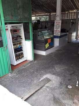 Se venden locales en Plaza de Mercado