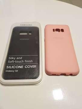 Carcasas para Galaxy S8 Silicone Cover (usados) uno negro y uno rosa