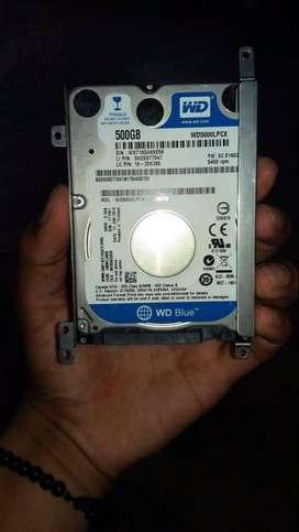 Disco duro portatil de 500 gb con un año de uso