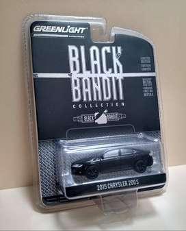 Greenlight Black Bandit - 2015 Chrysler 200s , Escala : 1/64
