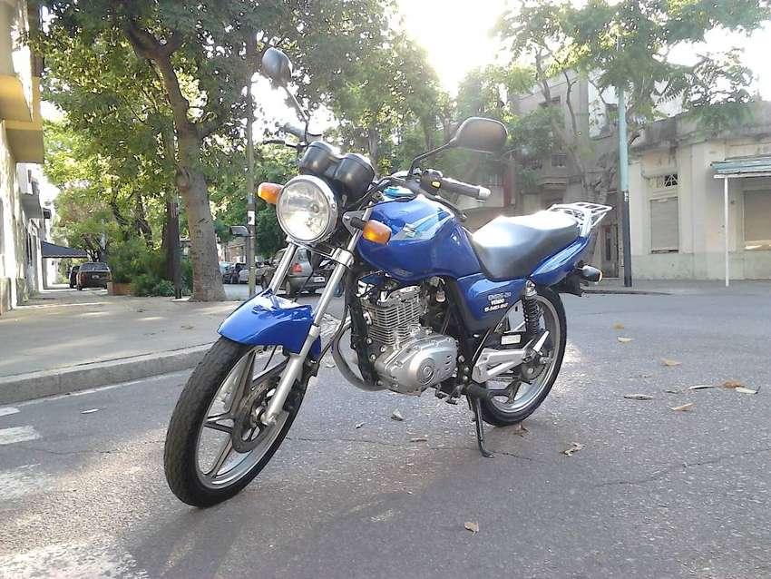 Suzuki EN 125 2a 0