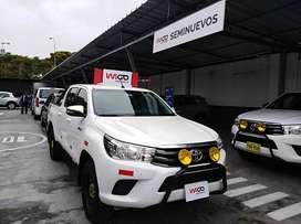 Toyota Hilux 4x4 D/C SR 2017/2018 MT