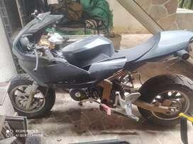 Mini moto de carreras 125 cc