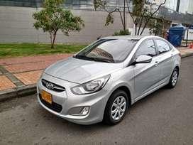 HYUNDAI ACCENT GL SEDAN MODELO 2015
