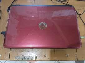 SOLO VENDO Notebook HP impecable. En caja con sus accesorios.