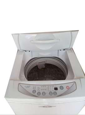 Lavadora HACEB blanca