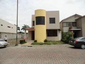 Casa de venta en Ciudad Celeste, Samborondon