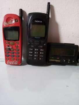 Vendo  celulares y beeper antiguos