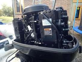 Motor fuera de borda