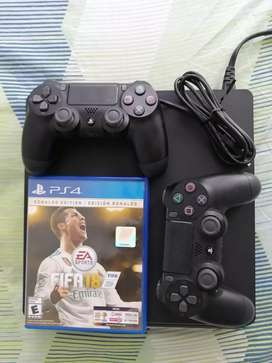 Play 4 slim 500g dos controles