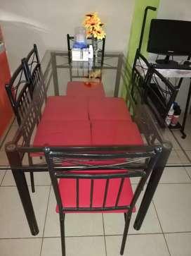 Se vende un juego de muebles