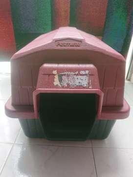 Casa plástica perro