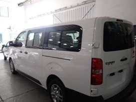Venta van 8 pasajeros mas conductor marca Peugeot