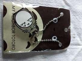 Medallas ,sujeta Carcaza de Celu,llavero