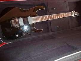 Guitarra ibanez en venta  900.000 negociable