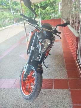 Vendo KTM DUKE 200, o cambio,  está con poco kilómetros. En Lerida Tolima, soat y tecno al día Feb. 2022