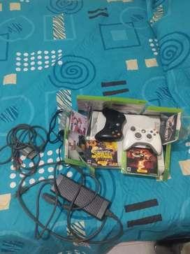 Se vende Xbox 360 arcade en buen estado