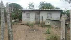 Se Vende Casa con Terreno de remate 6.000 precio negociable tiene escritura todo él terreno
