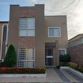 Venta de Casa, en La Joya, Etapa Ópalo, 2 plantas, Modelo ZM, Precio NEGOCIABLE