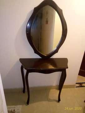 Vendo juego de consola  y espejo de paret en madera fina.