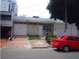 VENDO 2 CASAS SEGUIDAS BOLARQUÍ BUCARAMANGA ÁREA LOTE 785 M2