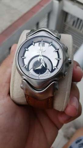 Reloj oakley suizo