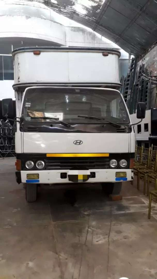 CAMION HYUNDAI MIGHTY 0