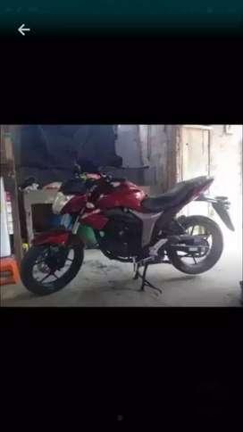 Moto gixxer 155 poco uso
