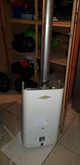 Se vende calentador HACEB