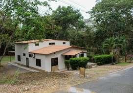 Casa de Oportunidad en Lago de Capeira Km 23 Vía Daule