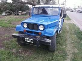 Jeep falcon 4x4 fibra